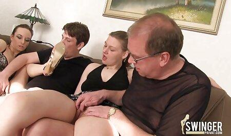 Béo ông chủ anh sec gai xinh Mẹ kiếp của anh ấy trẻ kết hôn thư ký trong khách sạn