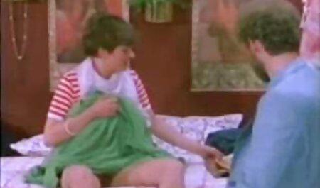 Gỗ mun bà già Amanda bóc tách cô ấy pantyhose và clip sec gai xinh lượt